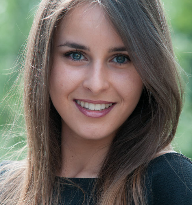 Arianna B._04